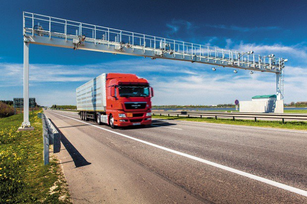 Eksperci sceptycznie o pomyśle rządu na opłaty drogowe